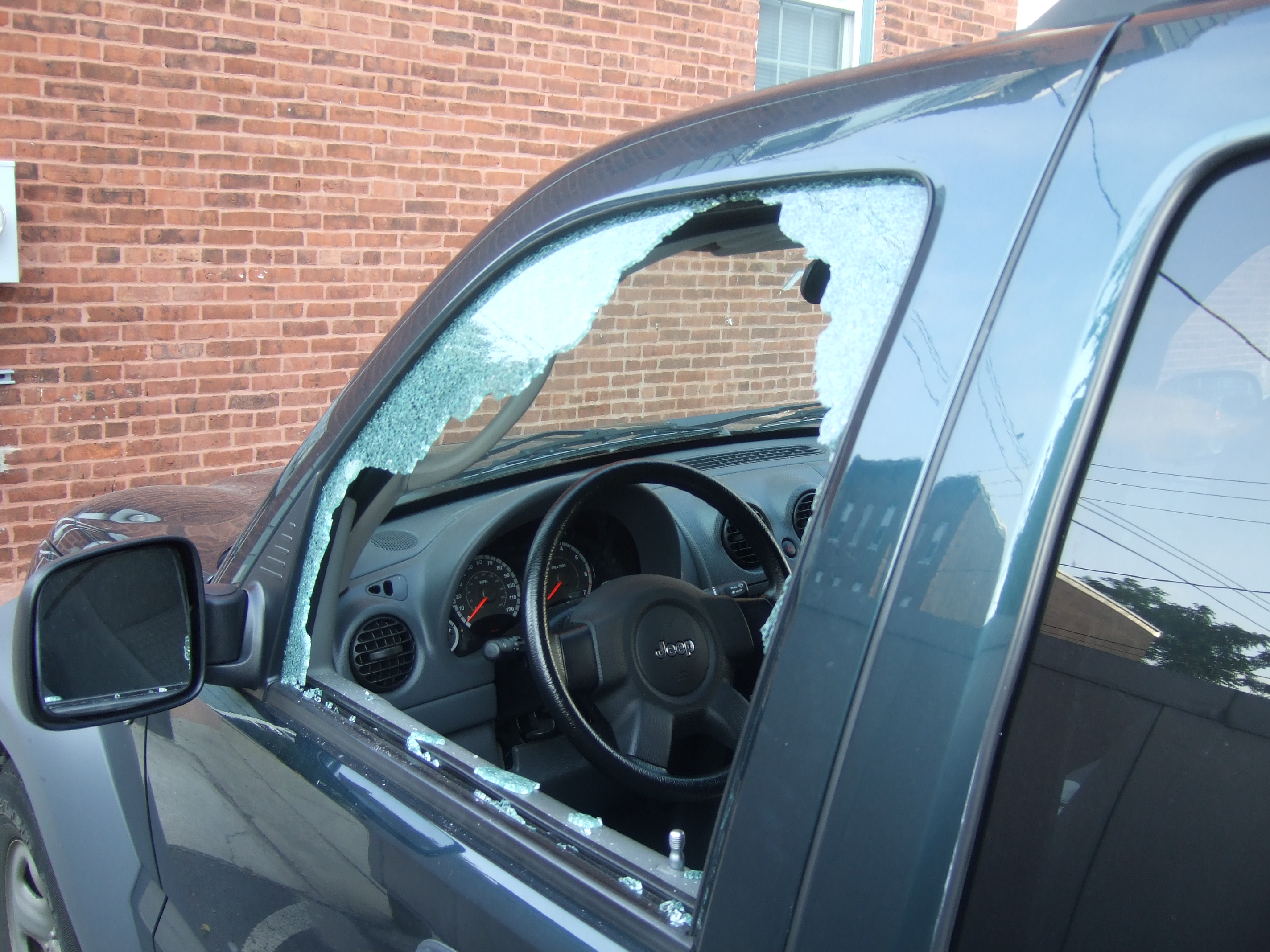 Auto Glass Repair Replacement Rancho Cucamonga Upland